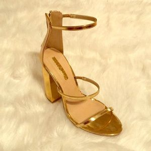 Shoes - Brand New Mirror Gold Heels